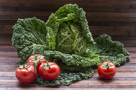 savoy cabbage: savoy cabbage with tomatoes Stock Photo
