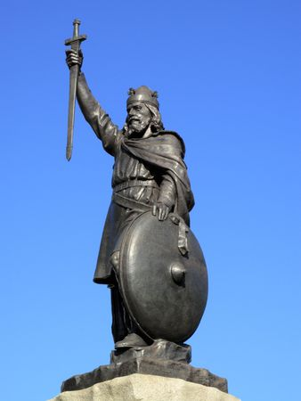 King Alfred The Greats statue designed by Hamo Thornycroft and erected in 1899 stands at the eastern  end of the Broadway in Winchester England