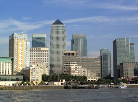 docklands: Canary Wharf in Docklands is the largest business development in East London, built on the site of the old West India Docks on the Isle Of Dogs Stock Photo