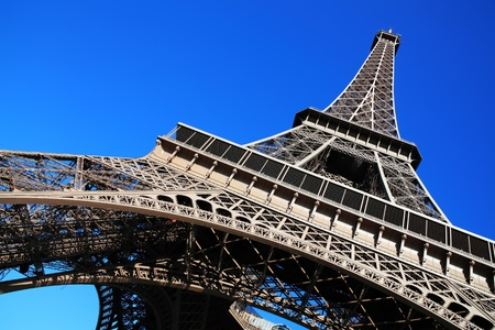 The Eiffel Tower at the Champ-De Mars in Paris, France, which is 300m tall and built in 1889 for the Exposition Universelle on the centenary of the revolution Standard-Bild