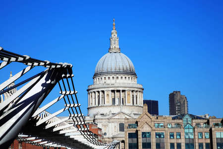 st paul s cathedral: St Paul s Cathedral and the Millennium Bridge in London, England,UK, linking Bankside with The City across the River Thames