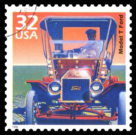 sello postal: EE.UU. 1998, sello, que muestra una imagen de un Modelo T de Ford cl�sicos, coches de �poca Foto de archivo