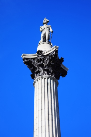 admiral: Nelson�s Column rises to nearly 185 feet in the centre of Trafalgar Square, London, England, UK, and was erected to celebrate Horatio Nelson s great victory at Trafalgar over Napoleon in 1805 Editorial
