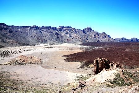 paisaje lunar: El cr�ter del volc�n Pico de Teide, Tenerife con su aspecto lunar, Islas Canarias, Espa�a, en el Parque Nacional El Teide Foto de archivo