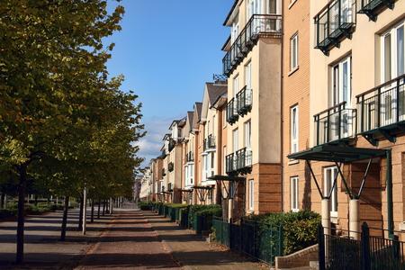 case moderne: I moderni nuove case a schiera e appartamenti appartamenti a Cardiff, Galles, Regno Unito
