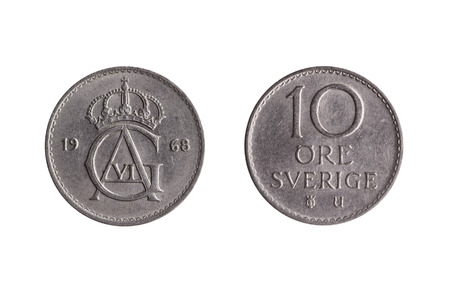 Sweden coin 10 Ore  Gustaf VI cut out and isolated on a white background Standard-Bild - 112456059