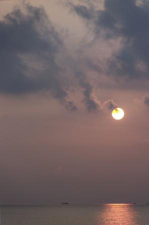 setting  sun: the setting sun