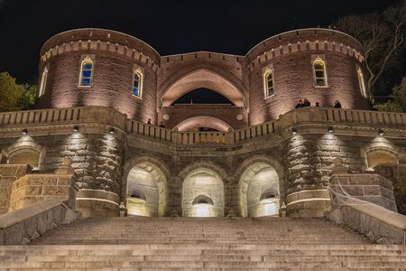 HELSINGBORG, SWEDEN - OCTOBER 29 2019: The stairs and terrace that lead up to the medieval keep called karnan that defended the Swedes from the Danes in the middle ages. Redactioneel