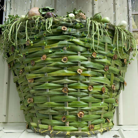 san isidro: Basket made from coconut leaves