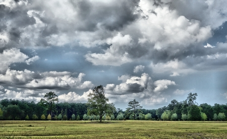 looming: Looming  Clouds Stock Photo