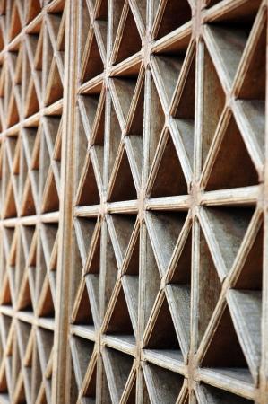 fanlight: pattern of wood vents