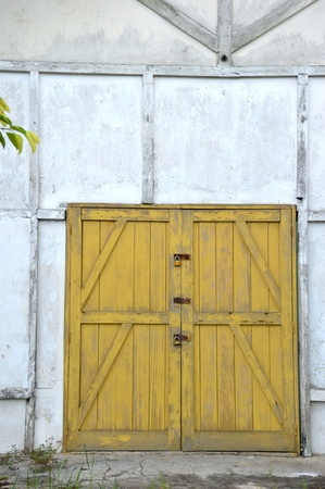 old yellow wooden doors on a barn Stock Photo - 20944550