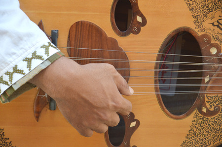 cadence: gambus, traditional arabian guitar