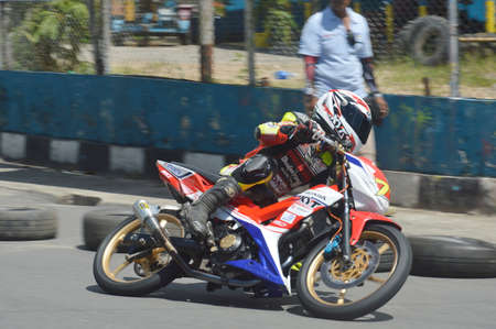 TARAKAN, INDONESIA. 20th May 2017. Motoprix national championship oin the non-permanent circuit Datu Adil Tarakan Stadium Editorial