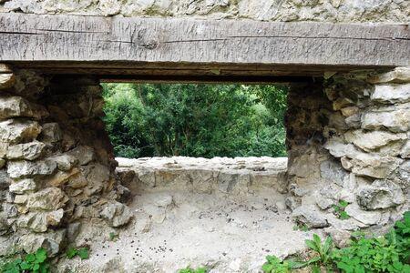 Ruines du château de Brekov, Slovaquie