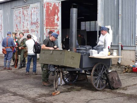 Humenné, Slovakia - OCTOBER 10, 2014: Reconstruction of the fighting for Humenne. Karpaty 19141915. Field kitchen 報道画像