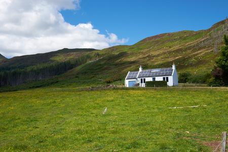Ein Croft am Loch Gleann Bharcasaig, Orbost Nähe von Dunvegan auf der Isle of Skye.