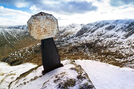 striding: Memorial for Robert Dixon who fell to his death from Striding Edge in the Lake District on 27th November 1858. Stock Photo