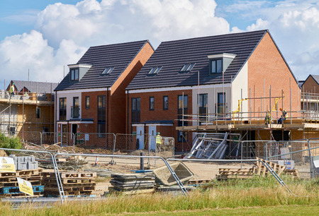 Newly built homes in a residential estate in England. Stock Photo