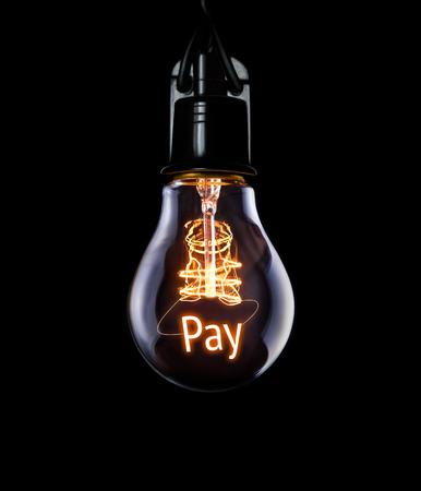 remuneraciÓn: Bombilla colgante con concepto de pago brillante. Foto de archivo