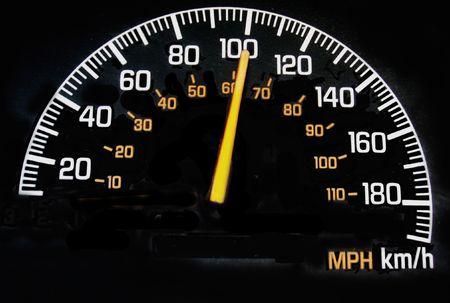 kilometraje: veloc�metro que lee el kph 100 Foto de archivo