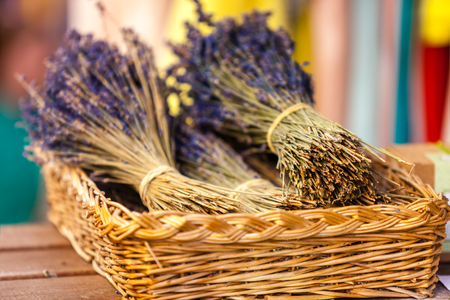 bunches: Lavender bunches selling in an outdoor french market. Horizontal shot with selective focus Stock Photo