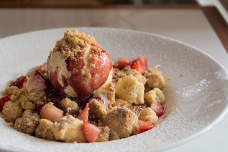 to crumble: Strawberry Crumble Pancake on plate