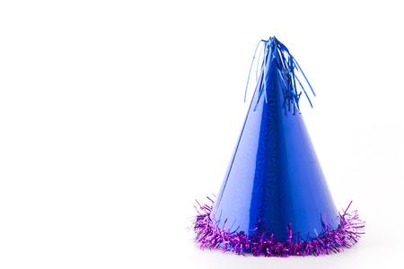 sombrero: sombrero de fiesta azul sobre fondo blanco Foto de archivo
