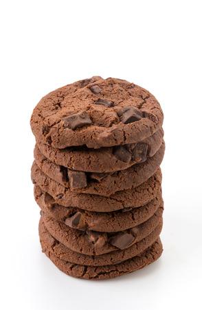 galleta de chocolate: suaves galletas brownie de chocolate oscuro en blanco