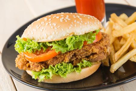 kabab: crispy chicken burger on wood