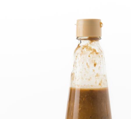 soya bean: salada botella de soja en blanco