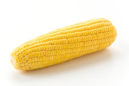 espiga de trigo: el ma�z dulce en el fondo blanco Foto de archivo
