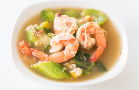 Thai Spicy Mixed Vegetable Soup with Prawns (Kang Liang Goong Sod )