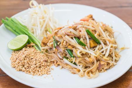 bean sprouts: Stir-fried noodle with shrimp or Shrimps Pad Thai (Thailands national dishes)