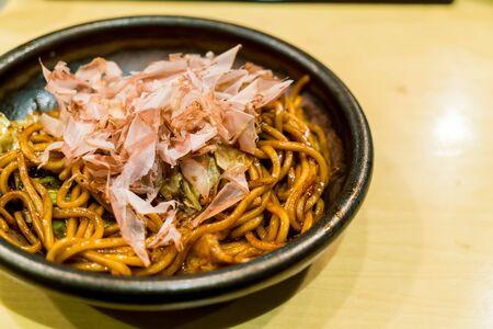 fried noodle: Yakisoba, japanese fried noodle on plate