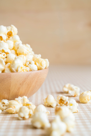 caramel popcorn in bowl on the table