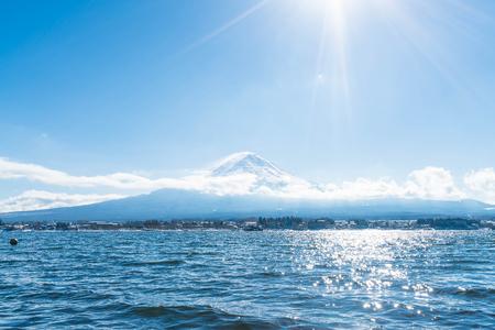 Mountain Fuji San at  Kawaguchiko Lake in Japan. Stok Fotoğraf - 78235373