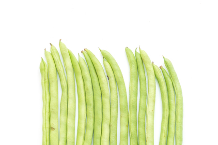leguminosas: Green Beans isolated on white background