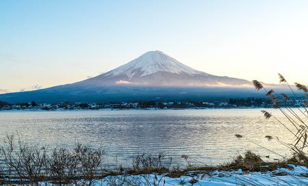 Mountain Fuji San at  Kawaguchiko Lake in Japan. Stok Fotoğraf - 83131522