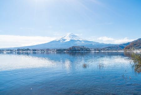 Mountain Fuji San at  Kawaguchiko Lake in Japan. Stok Fotoğraf - 83216269