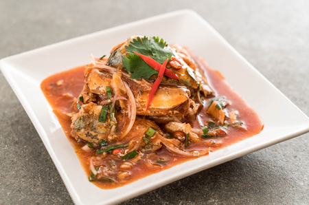 sardine: spicy mackerel salad in tomato sauce