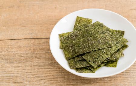 말린 된 해 초 접시 - 건강 식품