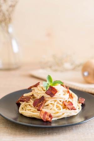 spaghetti cream cheese with bacon - Italian food style Stockfoto