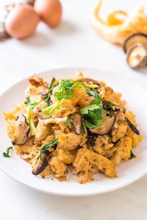 Stir-Fry Fish Maw on plate