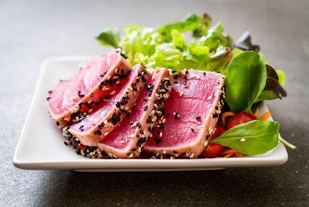 fresh tuna raw with vegetable salad - healthy food 写真素材