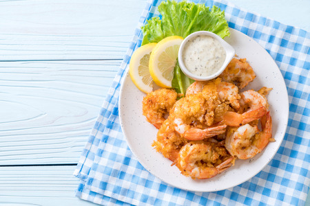 fried shrimps or prawns with sauce