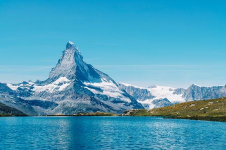 Matterhorn with Stellisee Lake in Zermatt, Switzerland 스톡 콘텐츠 - 114112313