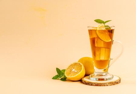 glass of ice lemon tea with mint Standard-Bild