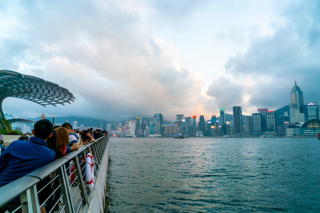 HONG KONG - Feb 20 2019 : Scene of the Victoria Harbour in Hong Kong. Victoria Harbour is the famous attraction place for tourist to visit 新聞圖片