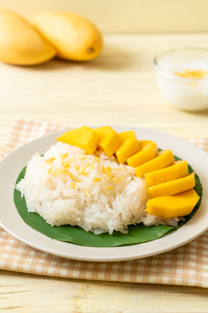 mango with sticky rice - popular traditional dessert of Thailand